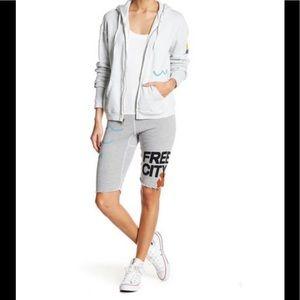 FreeCity cropped sweatshorts shorts S